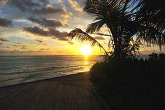 Travel Fashion Blog Lifestyle Summer Maldives Summer Sunset Scene Sea