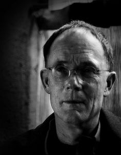 """William Gibson: """"Toward the end of a book, the state of composition feels like a complex, chemically altered state that will go away if I don't continue to give it what it needs. What it needs is simply to write all the time. Downtime other than simply sleeping becomes problematic."""""""