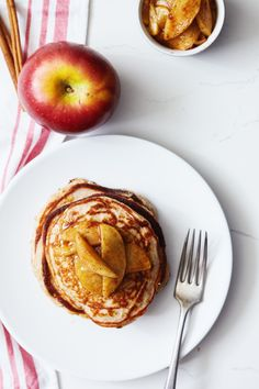 Apple Cinnamon Protein Pancakes Recipe (21 Day Fix- 1/2 Yellow, 1/2 Red, and 1 Purple)