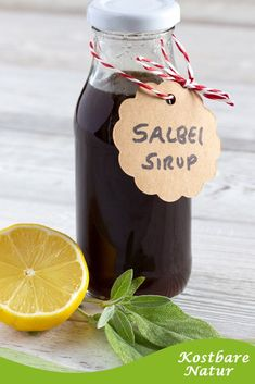 Make sage syrup yourself - with two simple ingredients- Salbei-Sirup selber machen – ganz einfach mit zwei Zutaten Sage syrup is fast made and long lasting. In case of a cold, it helps to relieve unpleasant symptoms and supports healing. Drinks Alcohol Recipes, Alcoholic Drinks, Health Snacks, Herbal Medicine, Diy Food, Natural Health, Herbalism, Food And Drink, Homemade