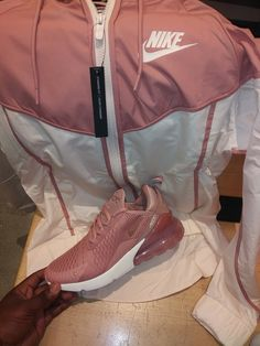 Online shopping for Comfy Outfits Sneakers Fashion Outfits, Teen Fashion Outfits, Sporty Outfits, Nike Outfits, Trendy Outfits, Jordan Outfits, Child Fashion, Girls Sneakers, Nike Fashion