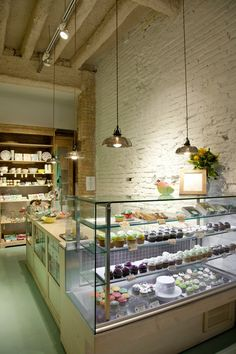 Merch and a mini bakery? Bakery Decor, Bakery Design, Bakery Cafe, Restaurant Design, Restaurant Bar, Bakery Kitchen, Design Café, Cafe Design, Store Design