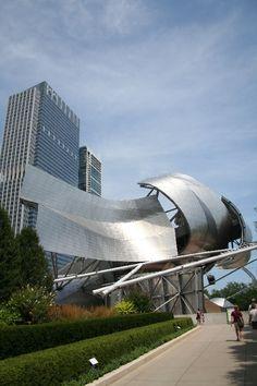 Chicago Millennium Park: the Jay Pritzker Pavilion