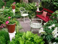 17 Ways to Plantscape a Deck or Patio