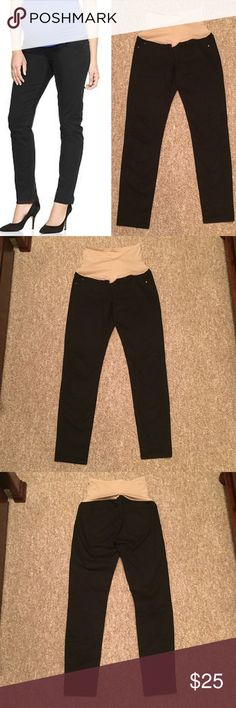 Gap Maternity Skinny Black Jeans Gap Maternity Skinny Black Jeans with full knit panel in nude. So comfy and perfect for any trimester. Can be worn casual or dressed up. Contact me with any questions. GAP Jeans Skinny
