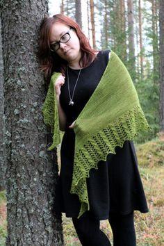Ravelry: Valancy pattern by Heidi Alander - free Shawl Patterns, Knitting Patterns Free, Free Knitting, Knitting Scarves, Knitting Ideas, Knit Or Crochet, Crochet Shawl, Prayer Shawl, Wrap Pattern