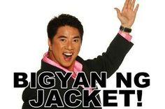 Bigyan ng jacket Pinoy Jokes Tagalog, Tagalog Quotes Funny, Memes Pinoy, Filipino Memes, Filipino Funny, Funny Quotes, Funny Menes, Hugot Quotes, Funny Photoshop