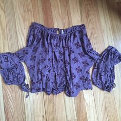 Free People Long Sleeve Top Flowy long sleeve crop top, purple Aztec pattern, and super soft by Free People Free People Tops Crop Tops