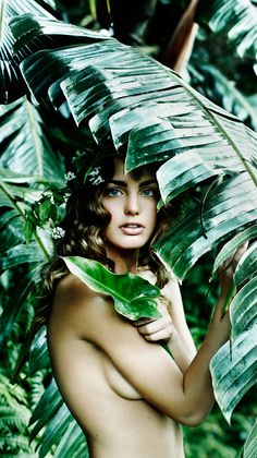 Photo Eric Matheron Balay, Fashion Editor Delphine Perroy, Madame Figaro, hair & make Up June Sawyer Color Photography, Portrait Photography, Photoshoot Themes, Welcome To The Jungle, Thing 1, Brunette Girl, Island Girl, Female Models, Tropical