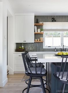 Nice kitchen cabinet design to share with everyone.     https://www.aluminiumspecialistjohor.com/