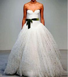 Vera Wang wedding dress modern design