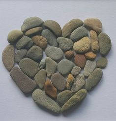 *Herz* Bild aus Kieselsteinen von TAMIKRA auf DaWanda.com