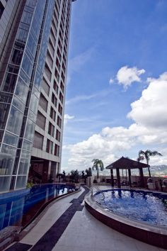 Suncourt Pool - Crown Regency Cebu