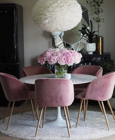 "9,421 Likes, 225 Comments - Ashley Stark Kenner (@ashleytstark) on Instagram: ""A little pink to end the day. Dining room by @baremalin • • • • • • #art #interior #interiordesign…"""