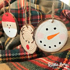 Set of Three Rustic Christmas Ornaments Wood Slice Ornaments Rustic Christmas Ornaments, Reindeer Ornaments, Ornament Crafts, Handmade Ornaments, Handmade Christmas, Holiday Crafts, Christmas Crafts, Christmas Decorations, Christmas Snowman