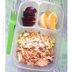 #momfood #worklunch LEFTOVERS! My fave. :) Leftover crockpot BBQ chicken, rice & veggies, plum, and orange slices packed in an @EasyLunchboxes container. #keeleymcguireblog