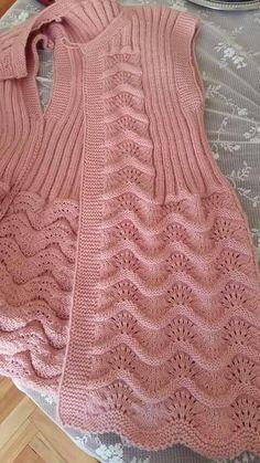 116 Grain Mesh Damen Weste Modelle All In One Schöne 16 … - gor det selv Baby Knitting Patterns, Knitting Stitches, Pullover Design, Sweater Design, Crochet Ripple, Knit Crochet, Crochet Woman, Loose Sweater, Easy Knitting