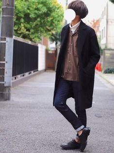 ぜひ試してもらいたいコーデです◎🦔 ■着用サイズ■ coat → L shirt → L pan Normcore, Mens Fashion, Navy, How To Wear, Style, Moda Masculina, Hale Navy, Swag, Man Fashion