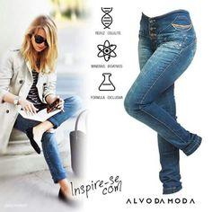 Modas vem e vão, mas um bom estilo é para sempre, certo? Confira nossa calça que…
