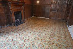 Heule (Belgium) : reproduction of historic encaustic tile, destroyed in WWII. David&Goliath.eu