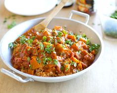30 minute squash coconut curry with Bulgar. Omit curry And turmeric and add fish sauce. Indian Food Recipes, Asian Recipes, Whole Food Recipes, Vegetarian Recipes, Dinner Recipes, Cooking Recipes, Healthy Recipes, Cooking Food, Cooking Tips