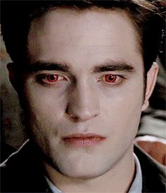 Edward as he hunted, terrible and glorious as a young god, unstoppable.