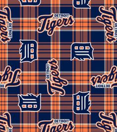 Create warm and cozy apparel and accessories that express your team loyalty, when you use the Licensed Plaid Fleece 58. This licensed MLB sports fabric features an attractive plaid print thats accente