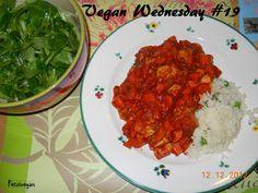 Petras zweites warmes (und wieder sehr lecker aussehendes!) Essen: Tofu mit Karotten in Tomatensauce, Erbsenreis und Salat.