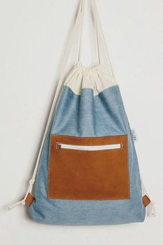TURNBEUTEL - KETTU-Hangdemachte Unikate aus Würzburg Backpack Purse, Clutch Bag, Drawstring Backpack, Tote Bag, Fashion Mode, Fashion Bags, Denim Purse, Beautiful Bags, Textiles