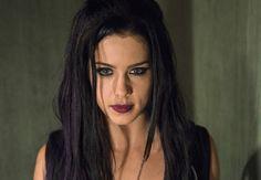 'Arrow' Season 3 Preview — Emily Bett Rickards: 'I Was Sad to Know How Sad Felicity Had Been' | TVLine
