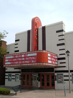 Normal Theater in McLean County, Illinois. Cinema Architecture, University Architecture, Art Deco Stil, Art Deco Home, Streamline Moderne, Art Deco Buildings, Building Art, Art Deco Design, Beautiful Buildings
