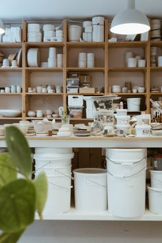 Robynn Storgaard is a Copenhagen based maker and creative working in the world of ceramics. If you've spent any amount of time feeding your interior. Pottery Cafe, Pottery Store, Pottery Studio, Farmhouse Pottery, Art Studio At Home, Studio Room, Ceramic Workshop, Ceramic Studio, Diy Crafts To Do