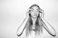 カーラ・デルヴィーニュの変顔とかファンキーなの集めてみた。 – hollywoodsnap