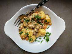 Notburga konyhája: Serpenyős gombás-zöldséges krumplinudli, illetve gnocchi Risotto, Potato Salad, Potatoes, Chicken, Meat, Baking, Ethnic Recipes, Food, Gnocchi