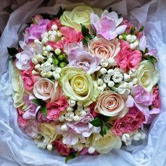 Beautiful ball of flowers.