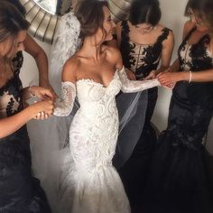 Gorgeous bride & her bridesmaids love these beautiful gowns. Making A Wedding Dress, Top Wedding Dresses, Luxury Wedding Dress, Wedding Dress Trends, Wedding Dress Sleeves, Bridal Dresses, Beautiful Wedding Gowns, The Bride, Long Sleeve Wedding