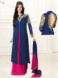 For order you can whatsapp me on +91 90166 78080...  #lehenga #lengha #bollywoodsarees #bollywoodlehenga #indiandresses #ethnicwear #indianwear #sari #sarees #salwarsuit #salwarkameez #punjabifashion #wedding #bridalwear #indianwedding #farewell #sareez #choli #sareeblouse #london #uk #australia #nepal #kathmandu #israel #veeshack #onlineshopping #bags #sandals