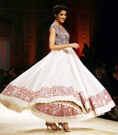 A model in a Manish Malhotra outfit  WIFW 2012 - Kashmiri art Winter festive 2012