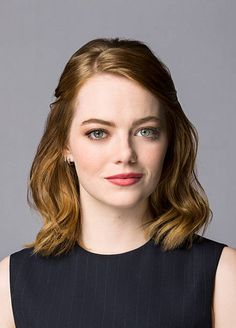 Emma Stone she is Cool Great and Nice for me she is all that and i always be Cool with her and i hope to see her soon before i Go to Heavens Marah Woolf, Emma Stone Makeup, Actress Emma Stone, Gwen Stacy, Cheap Human Hair, Celebs, Celebrities, Fine Hair, Beautiful Actresses