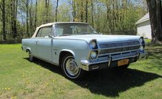 1965 Rambler Ambassador 990 convertible - I find there is something just odd about that grill/headlight arrangement. How about you?