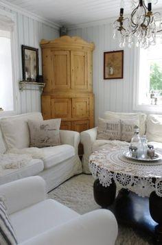 Aquieterstorm Cottage Interiorsliving Room Furniturewhite