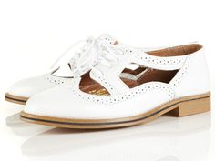 Krafty Cut Out Brogues in White