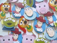 Mimo de Papel: Toy Story. Pins para docinhos com Woody, Buzz e toda a turma.