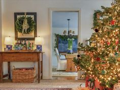 Winter Wonderland Christmas, Christmas Home, Farmhouse Livingrooms, Some Fun, Wonderful Time, Ladder Decor, Christmas Decorations, Decor Ideas, Interiors