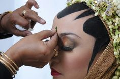 Javanese traditional Wedding make up, paes solo puteri.. december 8th 2013..