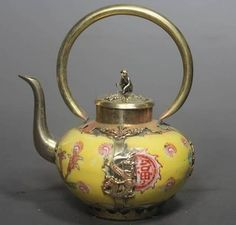 CHINESE HANDWORK PAINTING DRAGON OLD PORCELAIN TEA POT