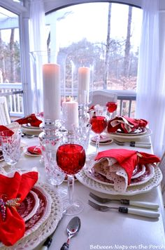 #Valentine's Day party ideas red  #placesetting  #tablescape #centerpiece #DIY #crafts ToniK Տ℮ʈ ìʈ Up