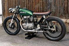 Honda CB250 Cafe Racer by Blackbean Motorcycles #Honda #caferacer #motos | caferacerpasion.com