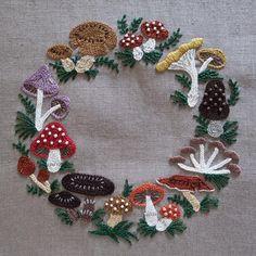 "3,533 Likes, 26 Comments - ⚪ (@handmade.embroidery) on Instagram: ""@_micchonnnnn_ #樋口愉美子 #yumikohiguchi #きのこのリース #ミセス10月号 #刺繍#embroidery #mushrooms #きのこ #handmade…"""