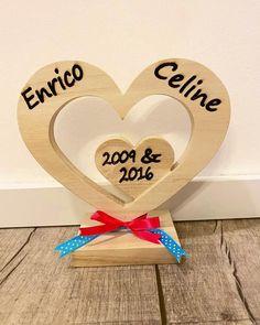 Holzherz mit Gravur / personalisiert individuelles Geschenk | Etsy Etsy, Frame, Home Decor, Craft Gifts, Gift Wedding, Handmade, Picture Frame, Decoration Home, Room Decor
